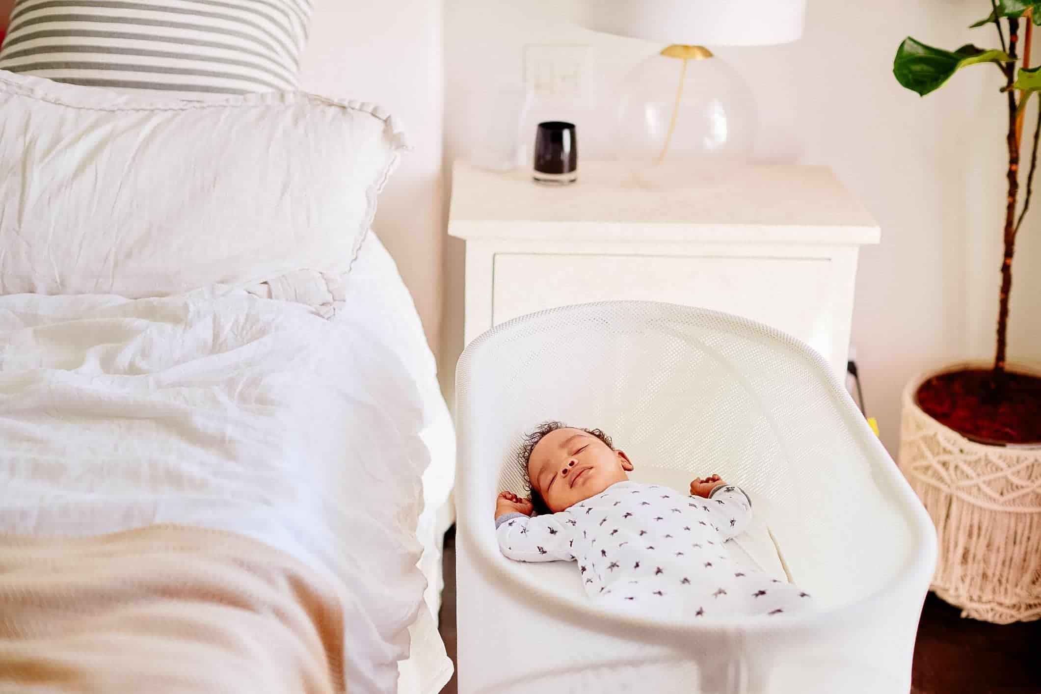 Baby Nursery Bassinet Cradle Infant Crib Newborn Sleeper Portable Bed Furniture