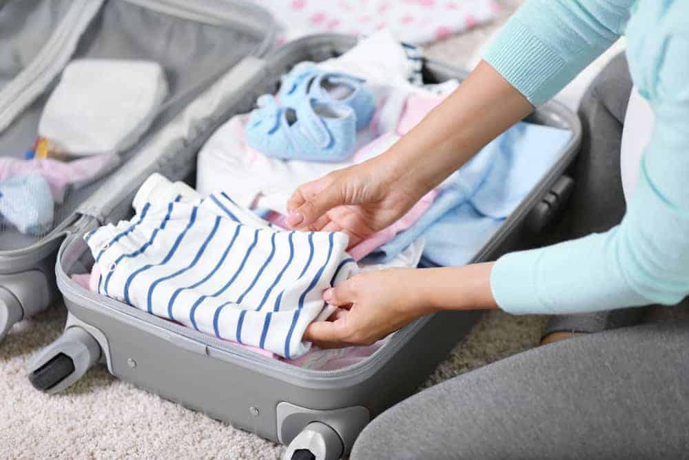 ee76eca1b67c Maternity Hospital Bag Checklist  Everything you need to feel prepared!