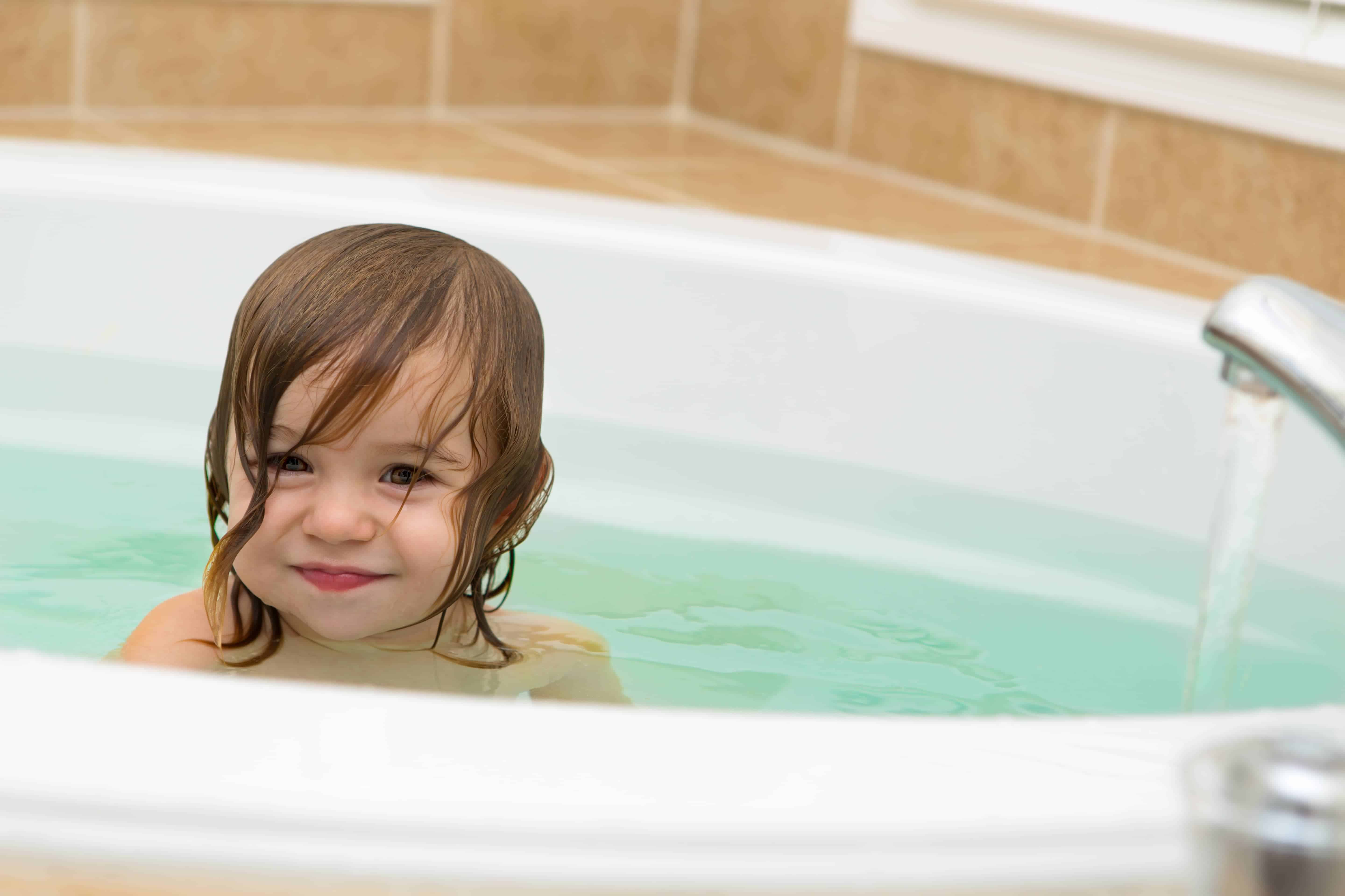 Detox Baths for Babies: How to Give Your Child a Detox Bath